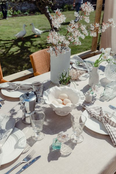 Studio Blackwell Fabric of Summer Neutral Linen Tablecloth and Napkins